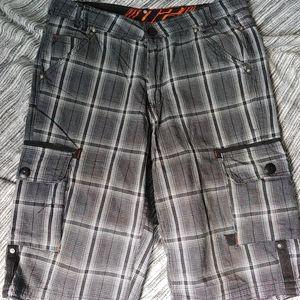 02 Men's plaid  cargo Short for Men size 33